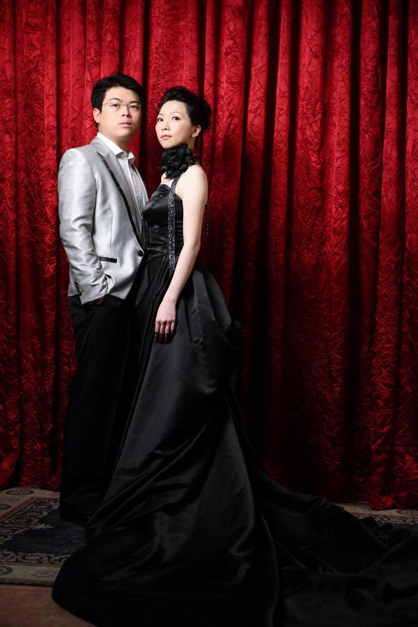 婚纱照-黑色礼服真的好冷艳ㄝ