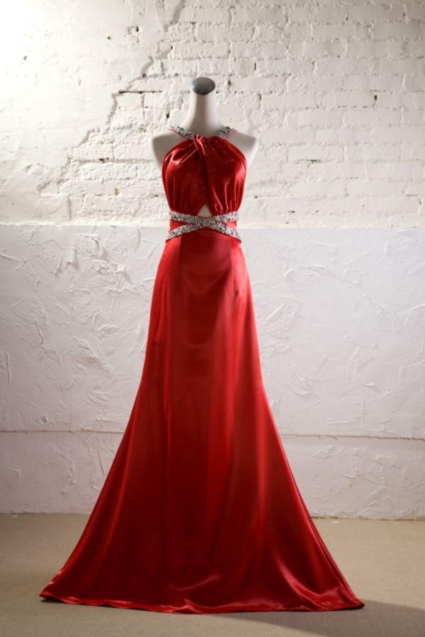 新娘红色晚礼服发型相关图片展示